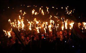 vernal-spring-equinox-festivals-2012-iraq-torches_50243_600x450
